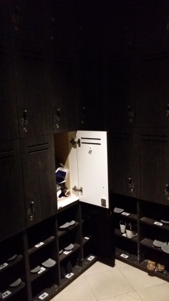 Lockers with shoe storage