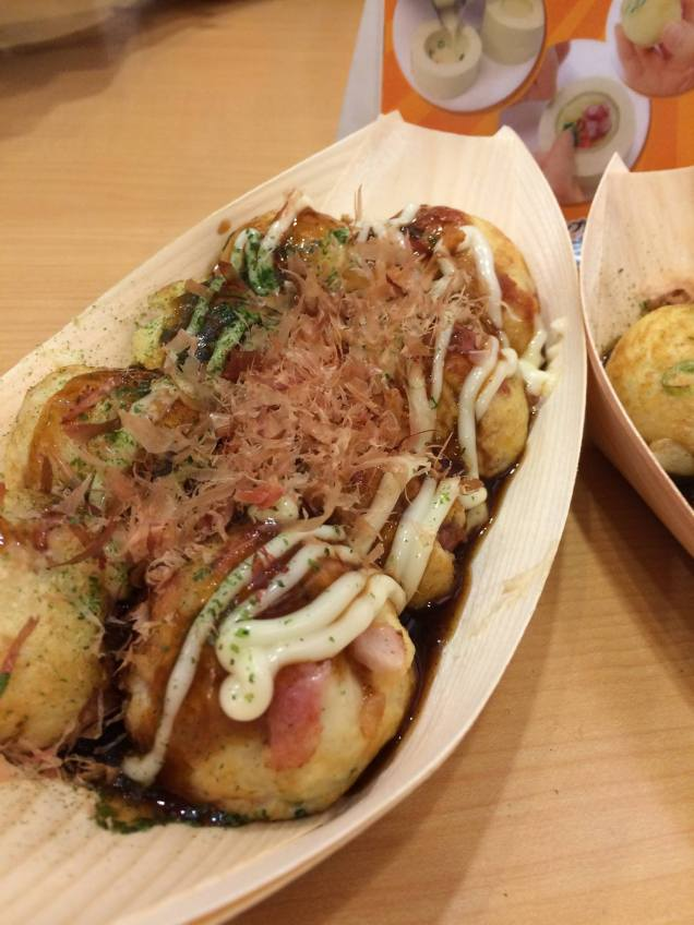 Bacon & Cheese Takoyaki (the best one of the lot, because.. Bacon!)